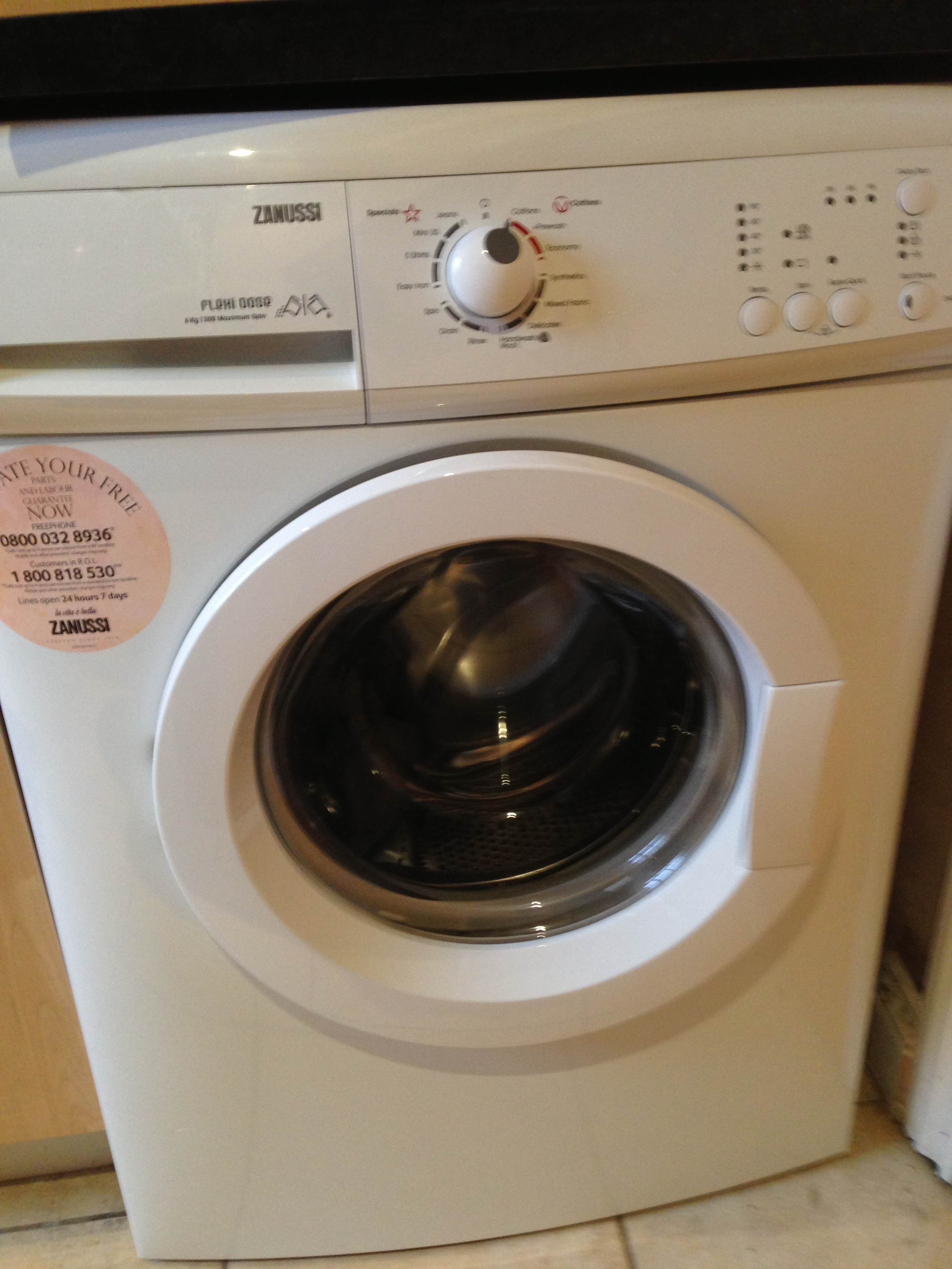 a702e3572ac Zanussi ZWG5148P Washing Machine